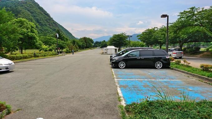 馬見ヶ崎ジャバ-1-1-駐車場の様子