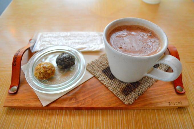 CHOCOLATE Lab-おすすめメニュー1-ホットチョコレートクラシイク-クッキー付1