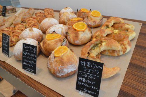 【食レポ】エスカルゴのパン屋さん(みはらしの丘)|イタリアンと洋菓子の人気店ガテガケルベーカリー