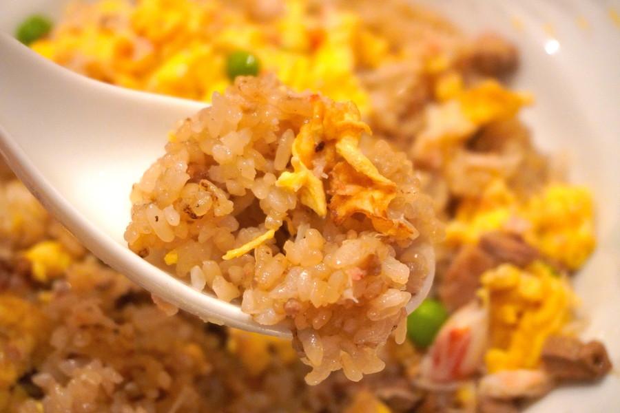 広東(かんとん)-食レポ-かに炒飯2
