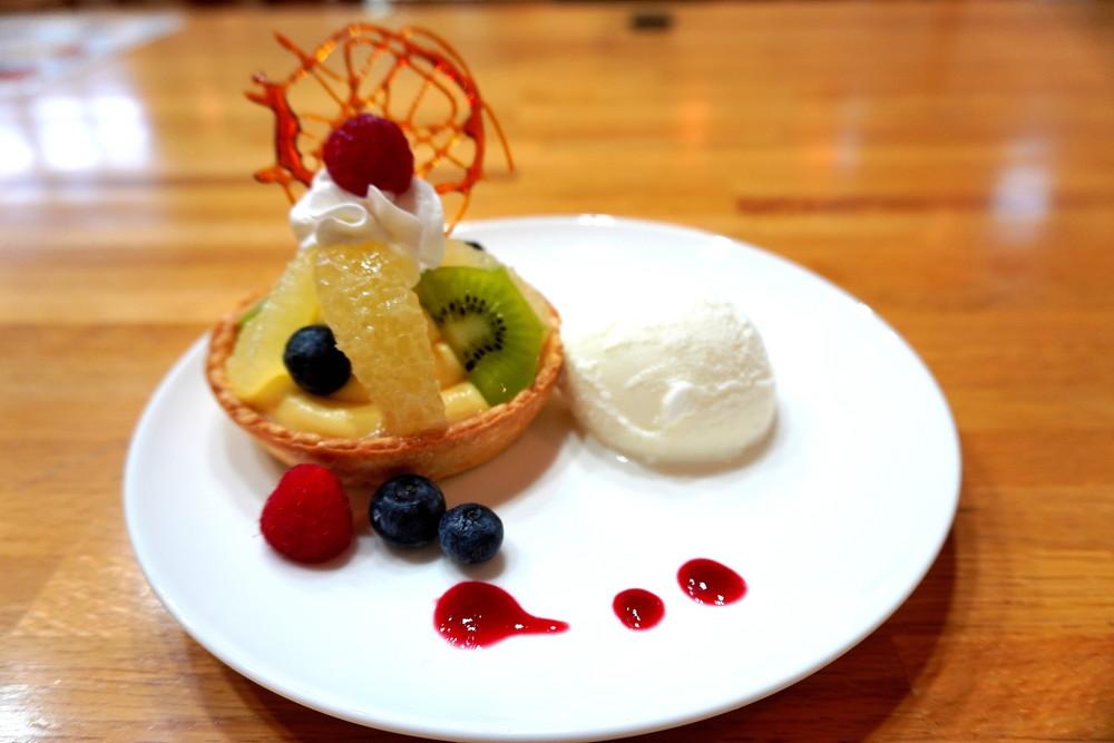 もりーな-tento-食レポ-季節のフルーツパイとジェラート3