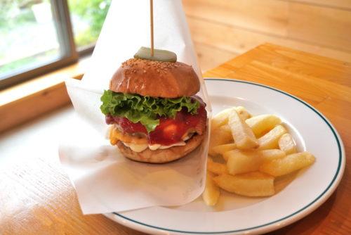 【食レポ】カントリーマーケット「country market」(山形市大字青柳)|ハンバーガーが絶品の人気カフェ&ダイナー