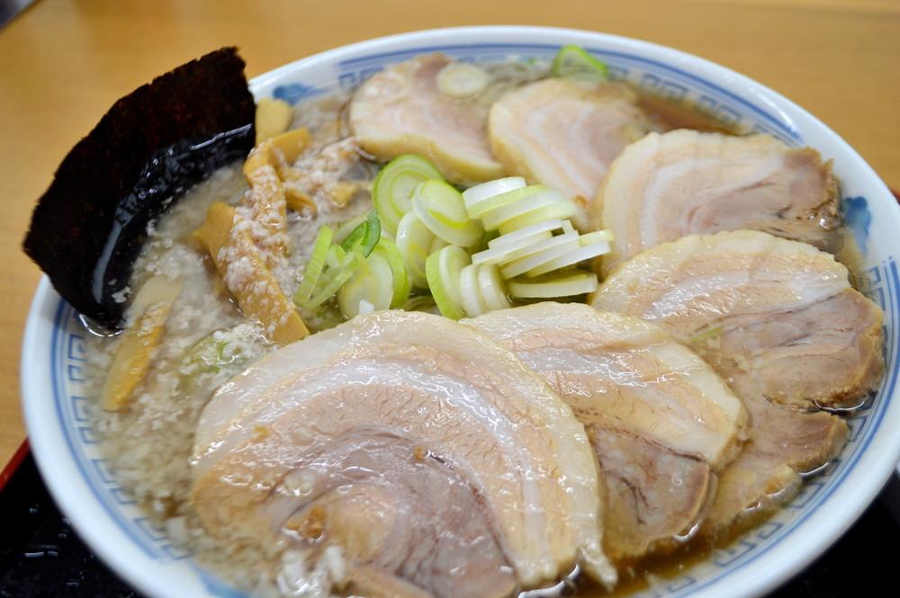 中華そば-雲ノ糸-食レポ-チャーシューメン2