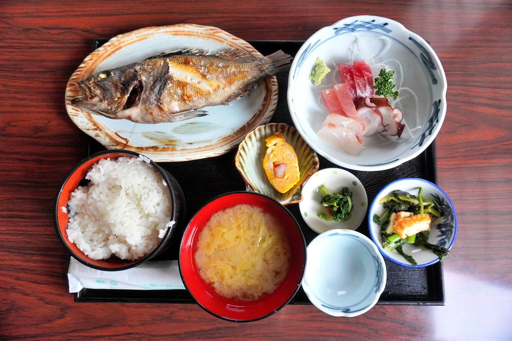 【食レポ】かねひこ(金彦魚店) (山形市木の実町)|魚屋さんが手がける絶品定食が人気のお店