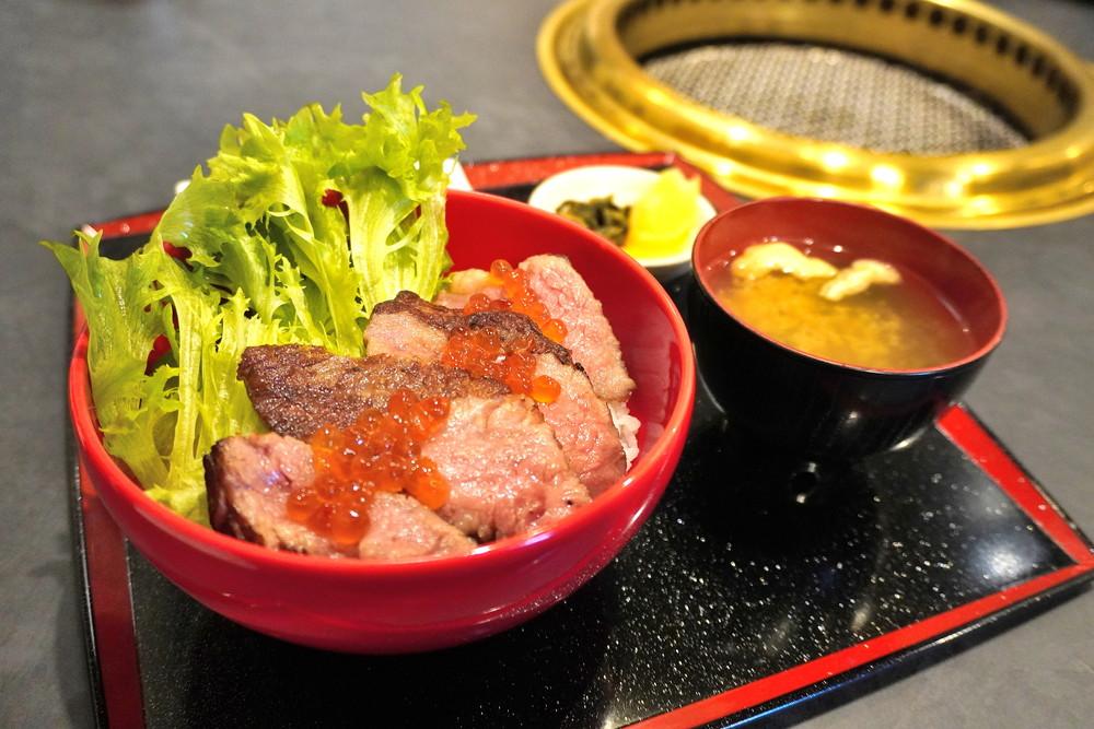 山形牛かかし-食レポ-山形牛ローストビーフ丼2