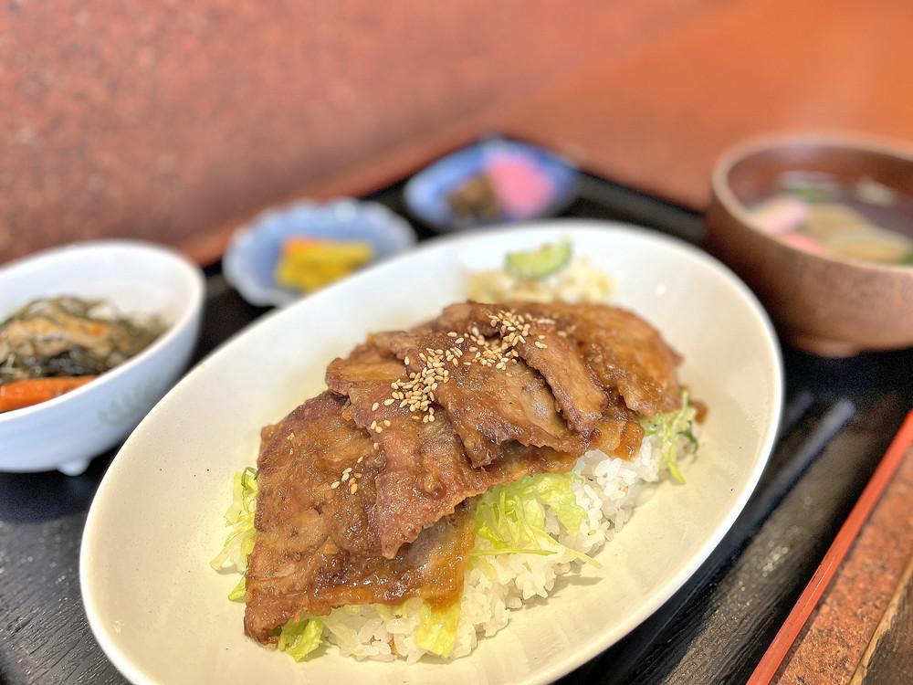 ヤマキチ-豚みそ丼②
