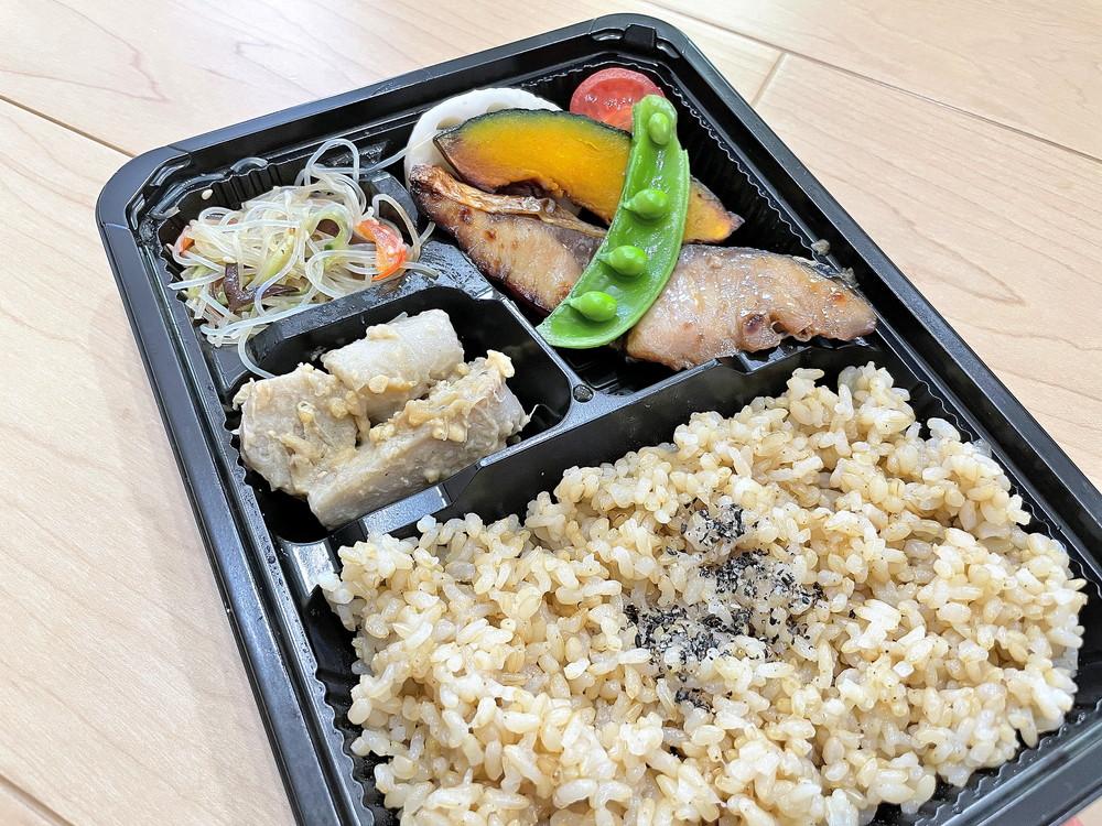 【食レポ】ニコル食堂(山形市江俣) 人気カフェからお弁当専門店に。人気のお弁当を購入しました。